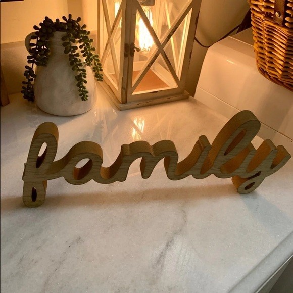 """Hobby Lobby Other - NWT wooden """"FAMILY"""" Sign"""